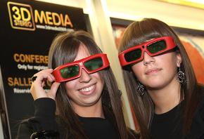 Cinq jeunes professionnels au Festival du Film en relief en Belgique