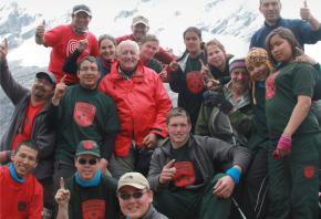 Neuf Rangers juniors en expédition dans les Andes avec Bernard Voyer